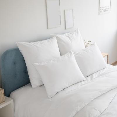 cuscini banchi su letto